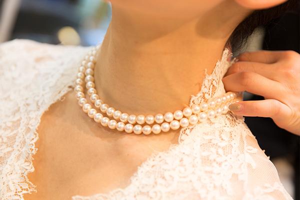 真珠のネックレスは年齢別に選び分けたい